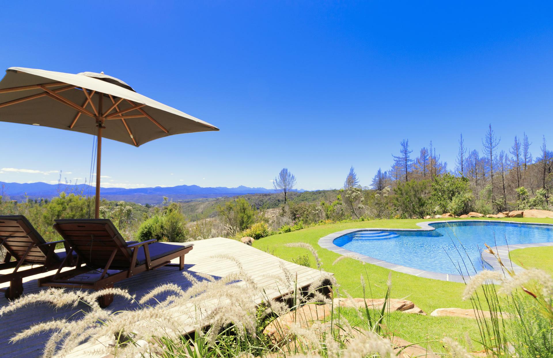 fynbos ridge guest house bed and breakfast accommodation Plett - pool