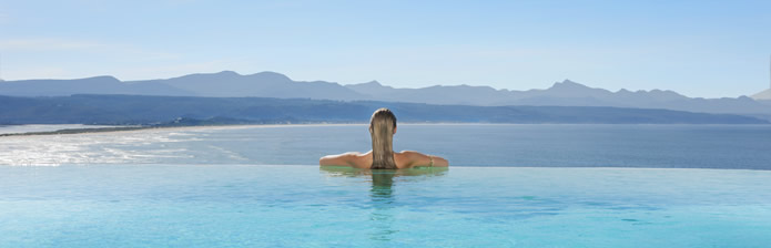 infinity-pool-lookout