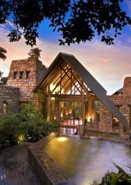Plett's pristine beaches and treetop suites