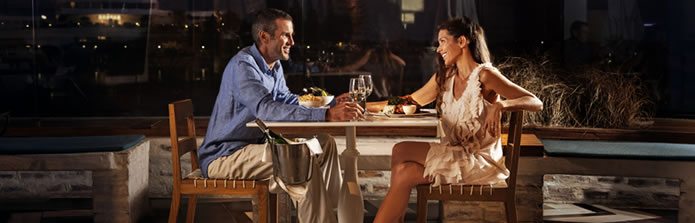 banner-695-couple-dining-out-fat-fish
