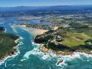 Knysna (pictured here) and Plettenberg Bay made it into the top five of best ten destinations in South Africa among visitors for 2015.