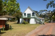 Moonsong Accommodation and Backpackers