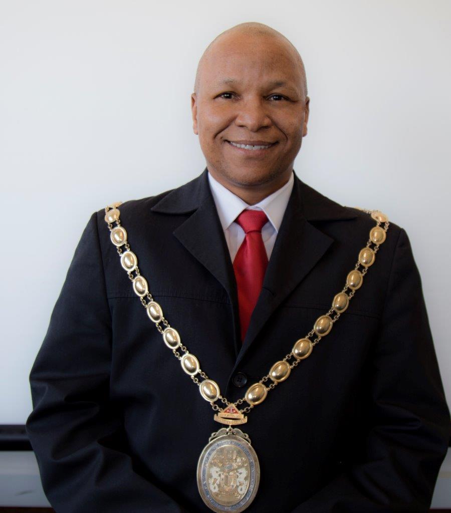 Executive Mayor Councillor M P Lobese (AUF)
