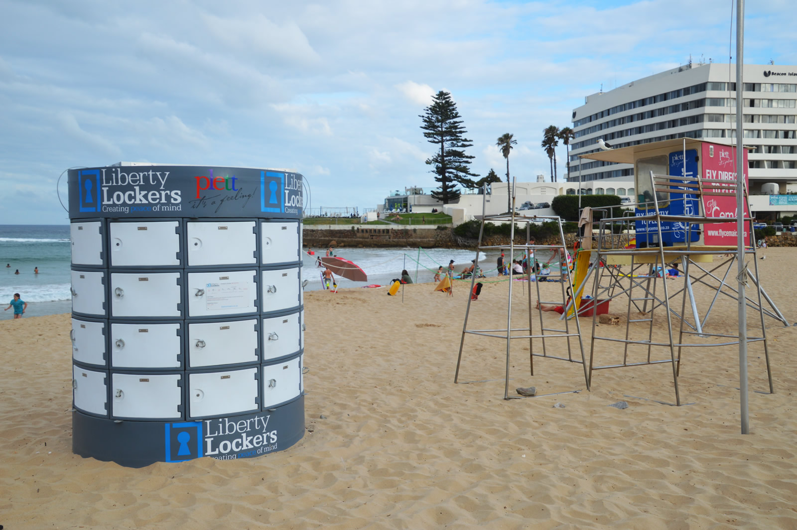 Liberty lockers - Beach lockers to store your valuables at the beach when you swim