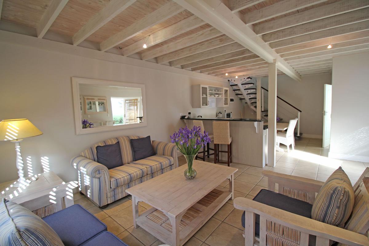 Duplex 4 open-plan Lounge