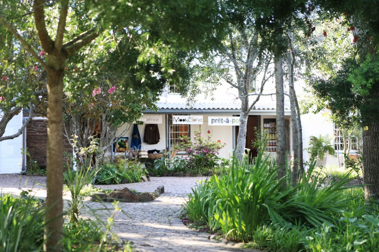 Old Nick Village - Creative shopping, arts, crafts and restaurant
