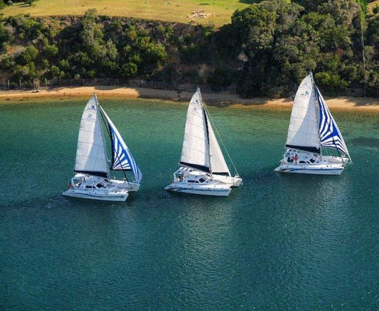 Aerial-Ocean-Sailing