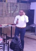 Andile Khumalo in Plett sharing ideas on business