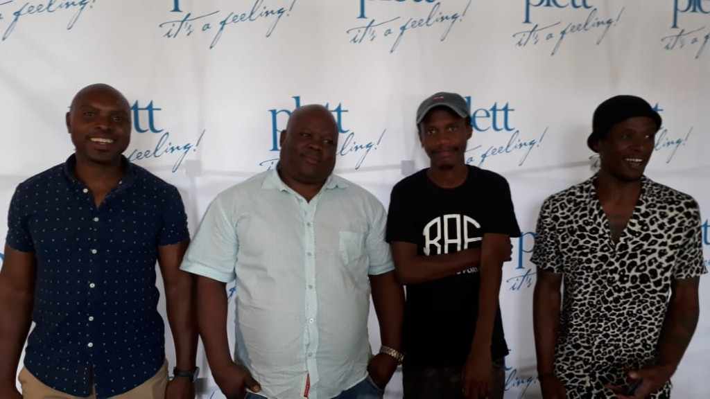 Attendees of the social media masterclass in Oudtshoorn - Mjilo Jonas, Thembinkosi Henge, King Melisizwe and Bara Ntukantu