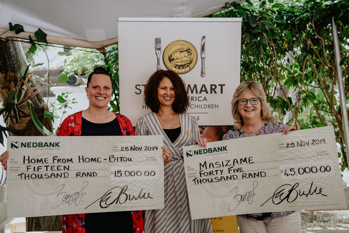 From l.t.r. Elisabeth Wenz (Bitou Family Care), Melanie Burke (StreetSmart SA) and Brenda Wall (Masizame)