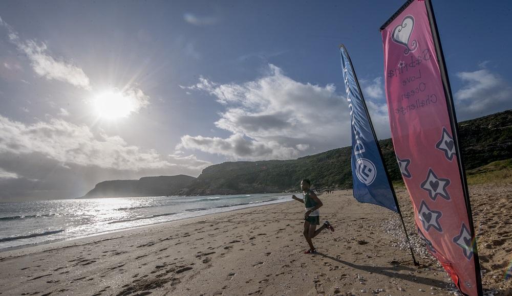 10km Beach & Road Run - pic by Glenn Murray