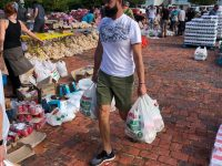 Bitou Municipality donates more than R1m towards food relief in Plett over Easter weekend