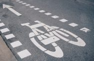 A cycle lane would enable cyclists to exercise and commute in safety.