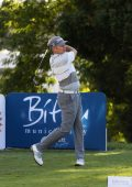 James Kingston maintains lead on 2nd day of SA Senior Open